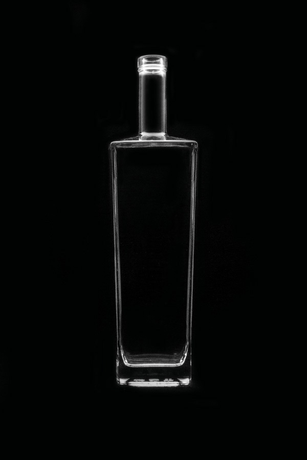 1.2 Glass bottle «Caliph»