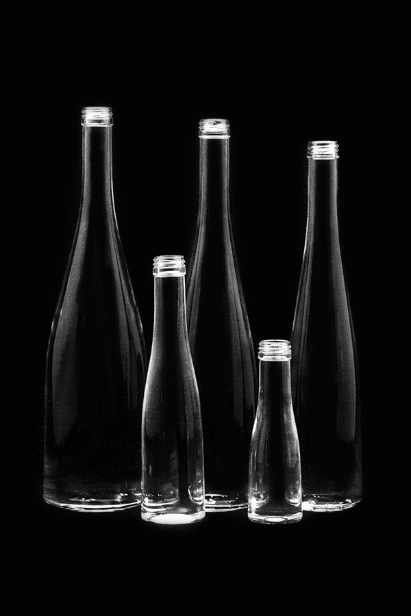 1.Glass bottle «Roxa V»